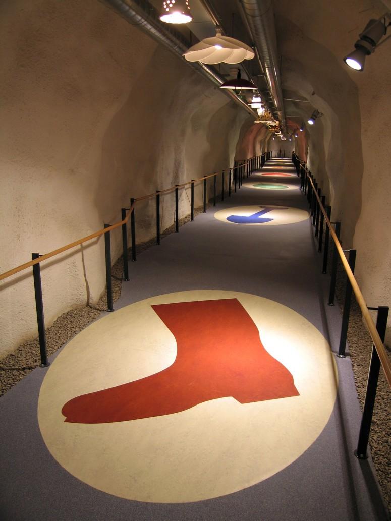 tunnel9